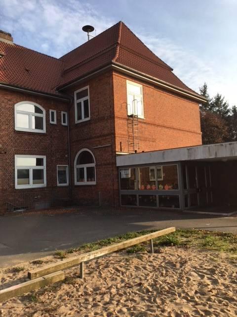 Großzügige gewerbliche Räume in Breiholz
