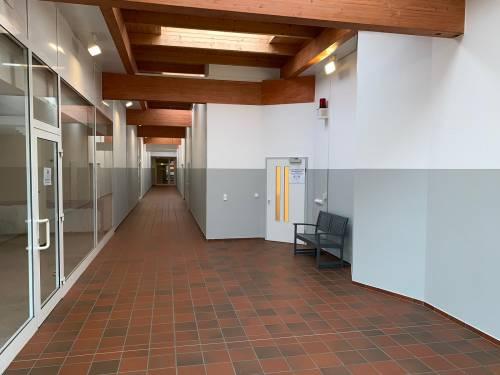 Attraktive, barrierefreie Gewerbefläche - 500 qm – teilbar - mit großem Schaufenster